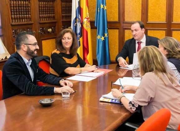 Discusión borrador de ley con Viceconsejeria Gobierno Canarias